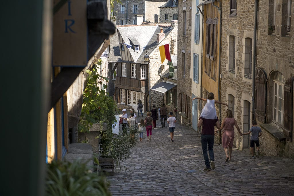 rue du jerzual dinan hotel du chateau